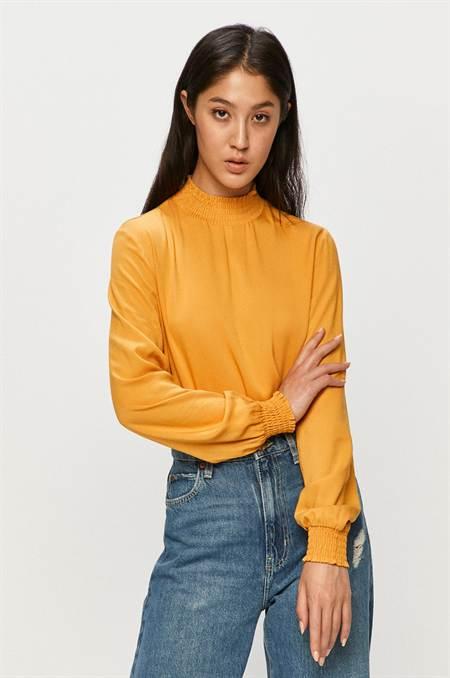 Vila - Felső szín sárga