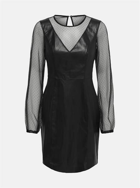 Fekete ruha CSAK Britt kivitelben
