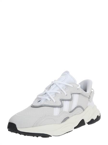 ADIDAS ORIGINALS Rövid szárú edzőcipők 'OZWEEGO'  fehér / piszkosfehér / természetes fehér